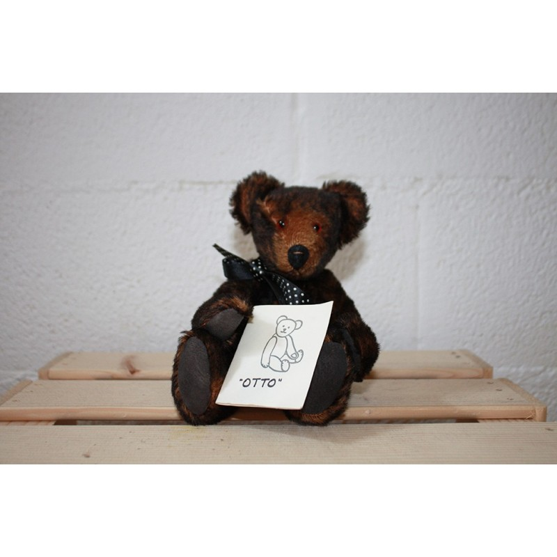 Otto, vintage collection teddy bear for sale Jill Golding
