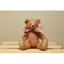 Pearl, collectable teddy bear for sale English Teddy